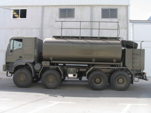 photo 8x8 truck